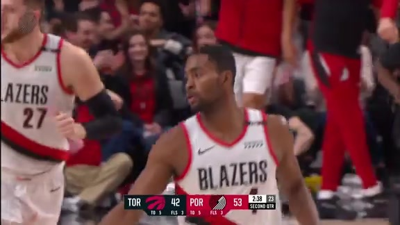 Moe Harkless with Three Dunks in the First Half vs. Toronto