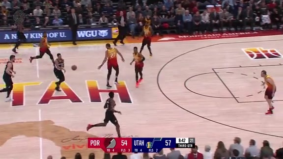 Harkless and Aminu throw down on Utah