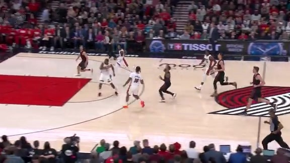 Jake Layman scrapes the ceiling for the alley oop