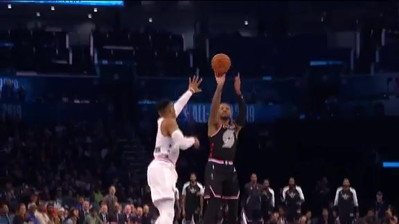 Dame hits back-to-back threes from the logo