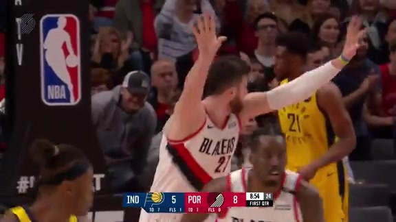 Nurkic opens up game with a massive dunk