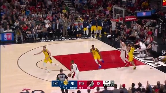 Zach Collins with the aggressive chase-down block