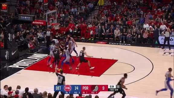 Damian Lillard (28pts, 9ast) Highlights vs. Detroit Pistons