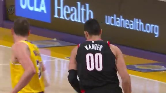 Kanter puts in work in the trenches for the layup