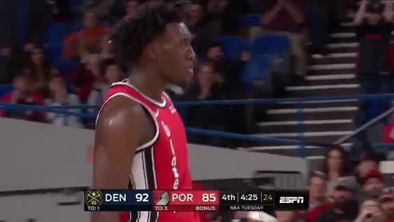 Nassir Little does everything to get the bucket