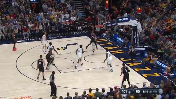 Anfernee Simons puts the moves on Conley