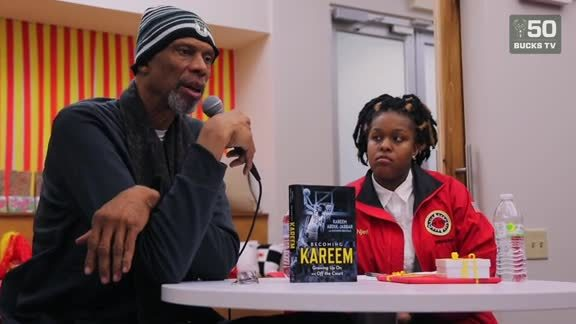 Kareem Speaks To City Year Milwaukee