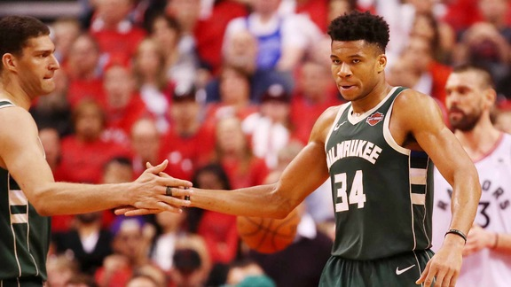 Shootaround Preview: Giannis, Bucks Ready To Bounce-back In Game 4