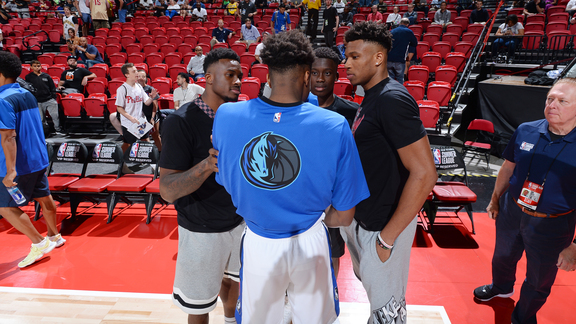 Antetokounmpo Brothers Take On Summer League