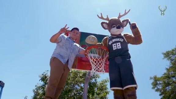Bucks & Red Bull Unveil 'Artboards' at Dineen Park
