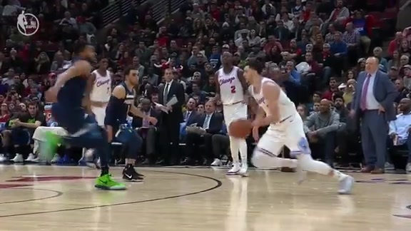 Zach LaVine goes off against Minnesota