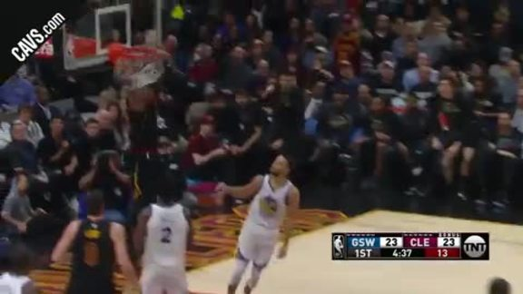 LBJ Grabs Second Alley-Oop of Quarter