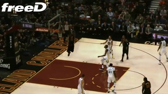 Highlight in freeD: LBJ Knocks Down First Alley-Oop