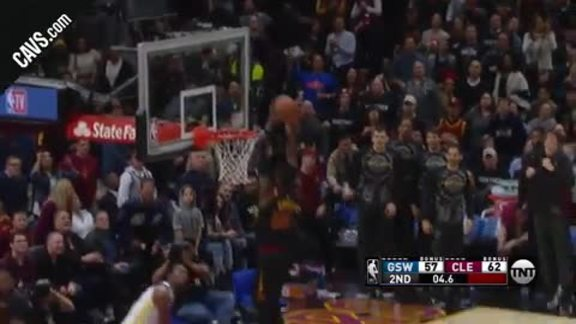 Wade Tosses Oop to Green to Close First Half