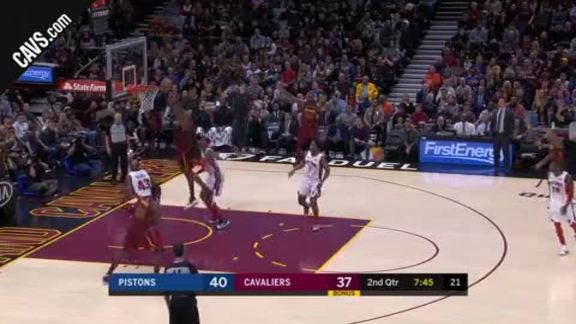 Channing Frye with the Put-Back Dunk