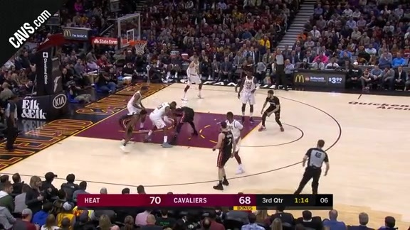 Cavs Work Together to Grab Steal