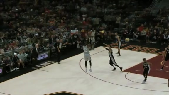 Highlight in freeD: LBJ's Pull Up Jumper