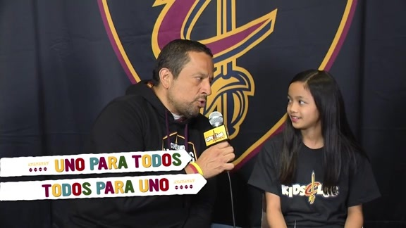 Cavs Jr. Reporter Learns Spanish