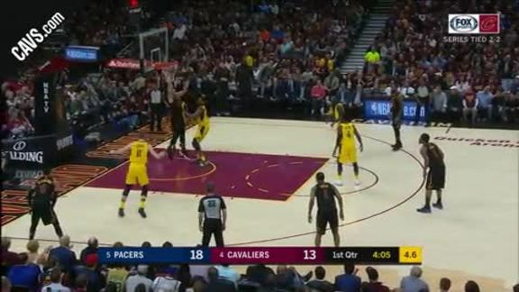 Larry Nance Jr. Jams It