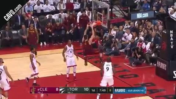 KLove with the Two-Hand Slam