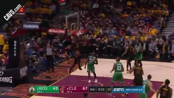 LeBron Grabs Alley-Oop from KLove