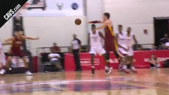 Featured Highlight: Cedi Dimes Ante for the Slam