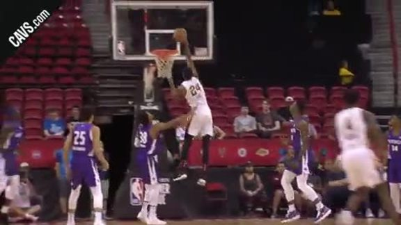 Featured Highlight: Lee Throws Down the Big Jam