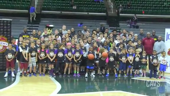 Cavs Host Private Basketball Clinic for East Lansing Youth