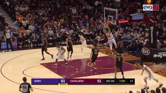 Nance Jr. Continues His Dunk Party