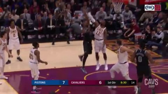 David Nwaba Denies Detroit with Big Block