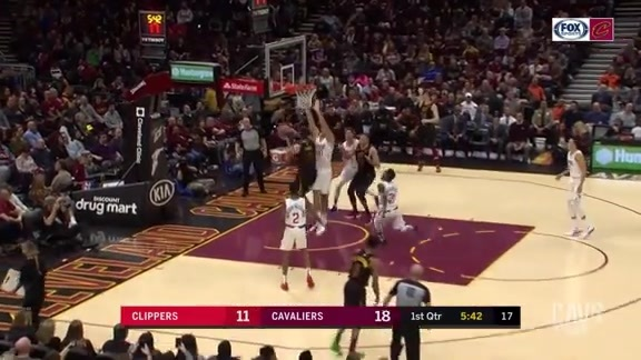 Kevin Kicks to Cedi for Corner Trey