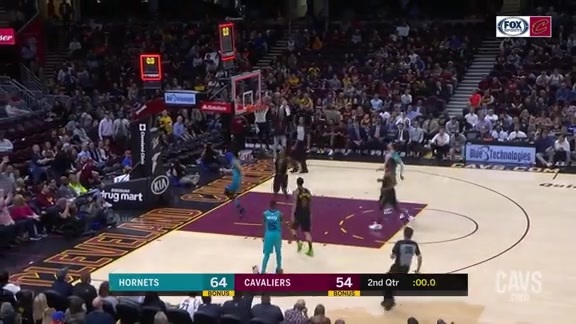 Young Bull Nails the Buzzer-Beating Floater at Half