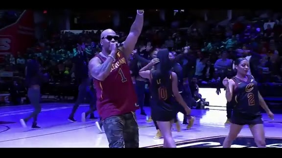 Flo Rida Performs at Halftime on Fan Appreciation Night