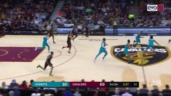 Larry Tosses the Long Assist to a Wide-Open Cedi