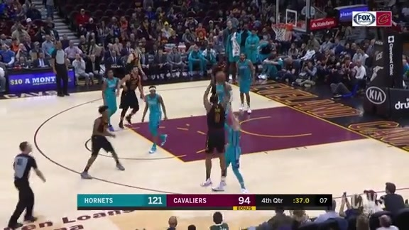 Channing Frye Knocks Down a Barrage of Shots in Final NBA Appearance