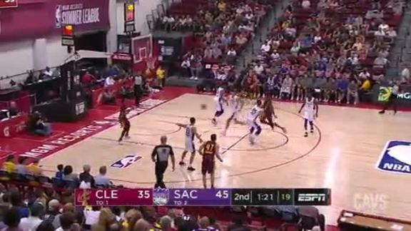 JaCorey Williams Threads the Needle