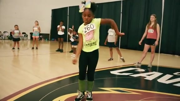 Kids Dazzle at the Minis Auditions