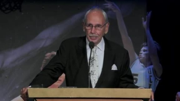 Ralph Lawler Accepts the 2019 Curt Gowdy Media Award