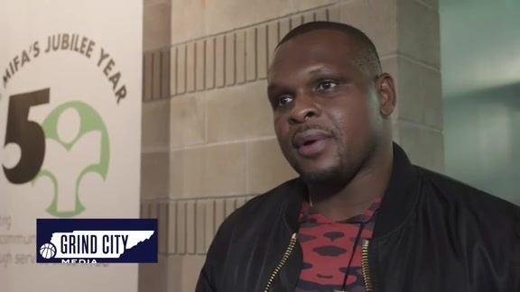 Zach Randolph continues to give back
