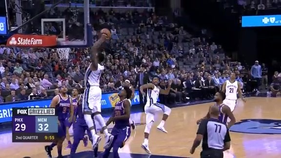 Martin punches the lob