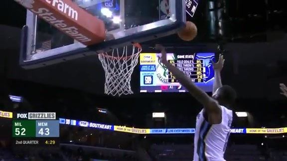 JaMychal Green flies in for the alley-oop slam