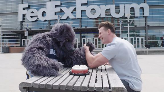 Grizz participates in Make-a-Wish Arm Wrestling Challenge