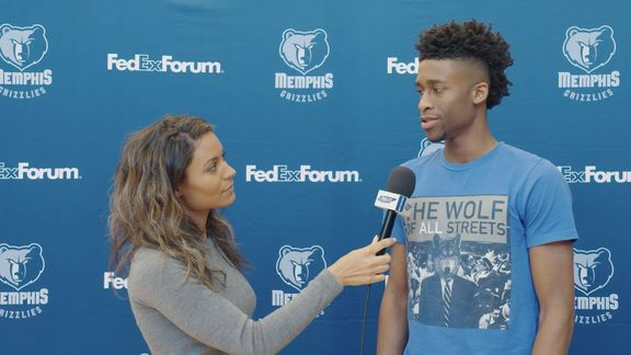 Alexis Morgan goes 1 on 1 with Kobi Simmons