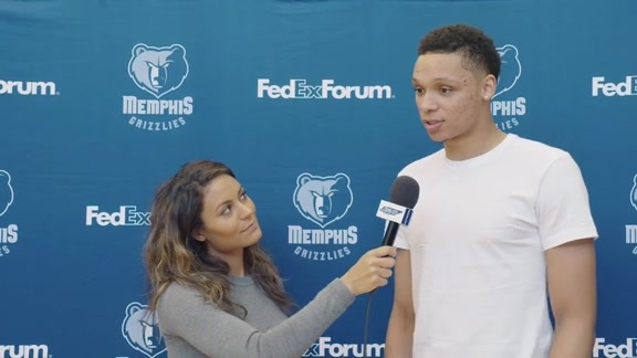 Alexis Morgan goes 1 on 1 with Ivan Rabb
