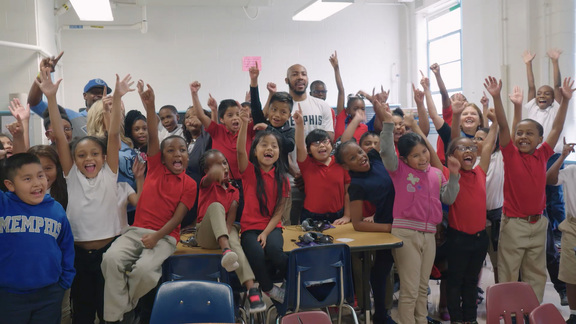Jevon Carter hosts Read to Achieve at Sharpe Elementary Recap