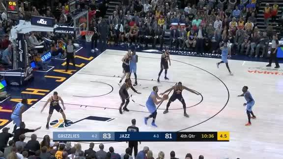 Grizzlies go on an 11-0 run