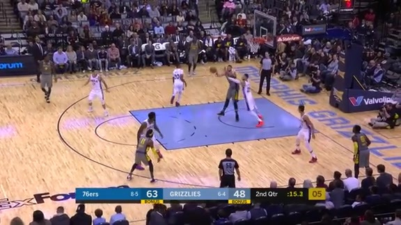 Gasol slams it down hard