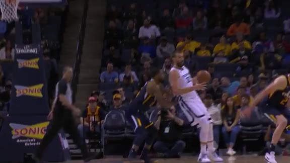 Gasol with the Shake, Rattle and Roll