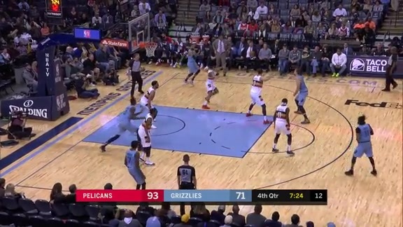Garrett Temple nails a corner splash