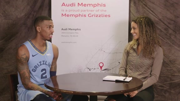 Alexis Morgan goes 1 on 1 with Delon Wright